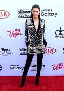 Kendall-Jenner-attends-the-2015-Billboard-Music-Awards-1