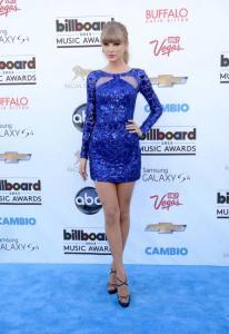 Los-mejores-looks-de-Taylor-Swift-7