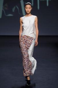 dior-fall-2013-couture-3.nocrop.w1800.h1330.2x