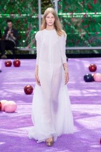 dior-fall-2015-couture-1.nocrop.w1800.h1330.2x
