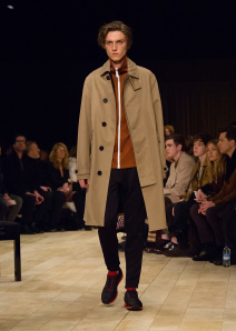 Burberry Menswear January 2016 Collection - Look 35