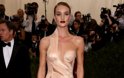 "NEW YORK, NY - MAY 04: Rosie Huntington-Whiteley attends the ""China: Through The Looking Glass"" Costume Institute Benefit Gala at the Metropolitan Museum of Art on May 4, 2015 in New York City. (Photo by Dimitrios Kambouris/Getty Images)"